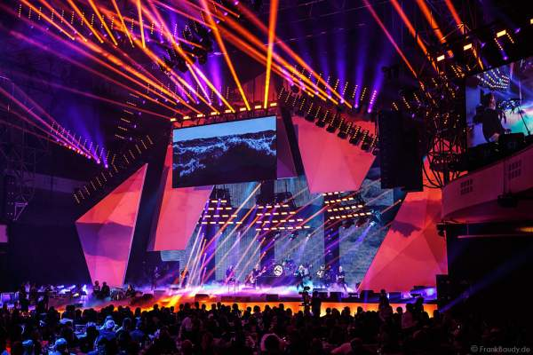 Show-Act Santiano beim PRG LEA 2016 - Live Entertainment Award in der Festhalle in Frankfurt