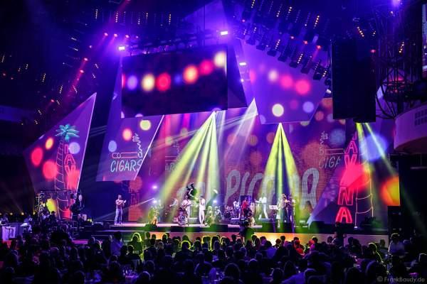 Circo National de Cuba mit Show HAVANA NIGHTS beim PRG LEA 2016 - Live Entertainment Award in der Festhalle in Frankfurt
