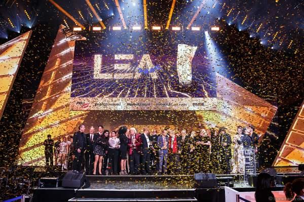 Schlussbild beim PRG LEA 2016 - Live Entertainment Award in der Festhalle in Frankfurt
