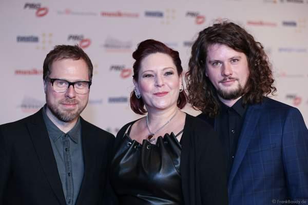 AnNa R. mit ihrer neuen Band Gleis 8 (Manne Uhlig und Timo Dorsch) beim PRG LEA 2016 - Live Entertainment Award in der Festhalle