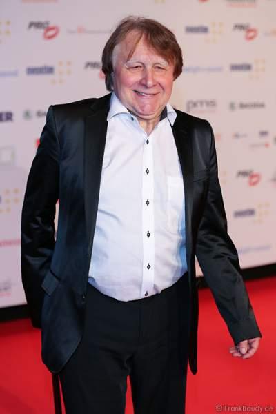 Dr. Peter Urban auf dem roten Teppich beim PRG LEA 2016 - Live Entertainment Award in der Festhalle in Frankfurt