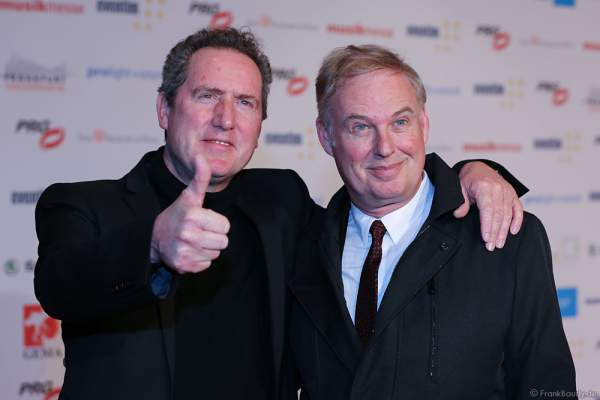 Andy McCluskey und Paul Humphreys von Orchestral Manoeuvres in the Dark (OMD) beim PRG LEA 2016 - Live Entertainment Award in der Festhalle in Frankfurt