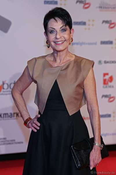 Sibylle Nicolai auf dem roten Teppich beim PRG LEA 2016 - Live Entertainment Award in der Festhalle in Frankfurt
