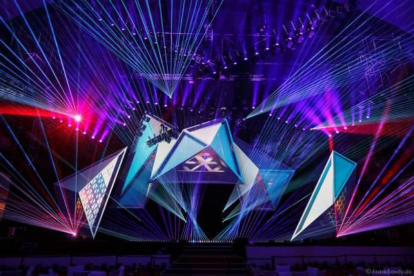 A12 Imposante Demo-Show während der Prolight + Sound 2016 in der Festhalle Frankfurt