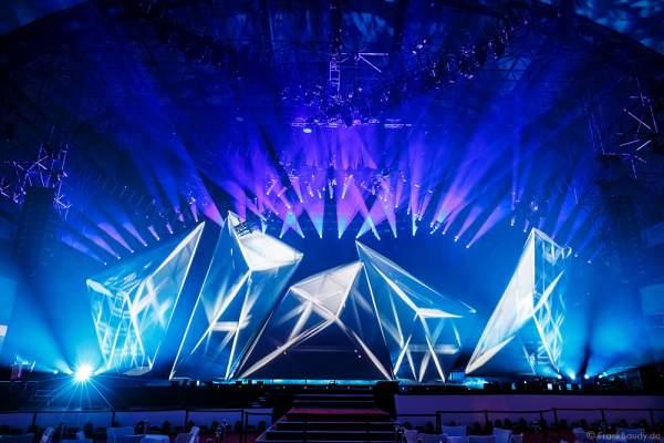 A13 Imposante Demo-Show während der Prolight + Sound 2016 in der Festhalle Frankfurt