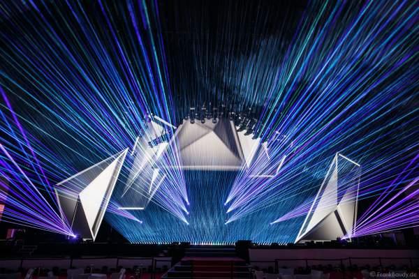 A21 Imposante Demo-Show während der Prolight + Sound 2016 in der Festhalle Frankfurt