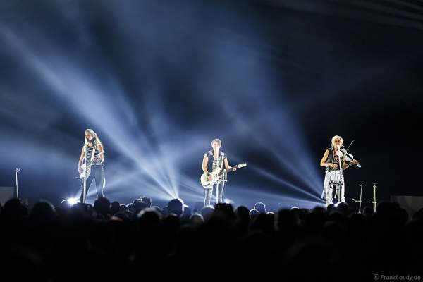 Konzert der Dixie Chicks während ihrer MMXVI World Tour am 17.04.2016 im Hallenstadion in Zürich/Schweiz