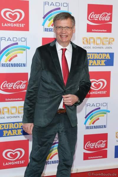 Günther Jauch auf dem roten Teppich beim Radio Regenbogen Award 2016 am 22. April 2016 im Europa-Park in Rust