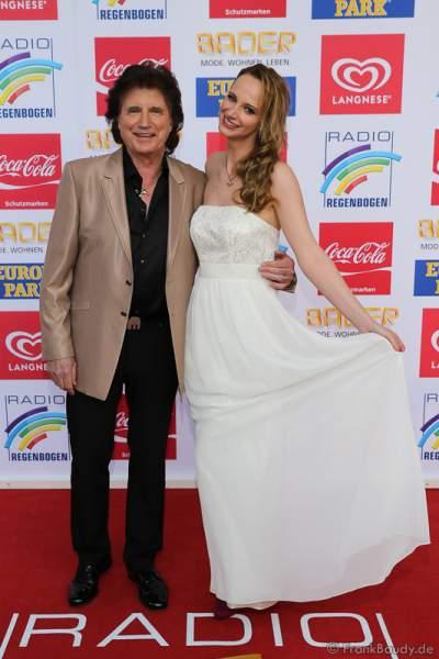 Olaf Malolepski, ex Flippers Sänger mit Tochter Pia Malolepski beim Radio Regenbogen Award 2016 am 22. April 2016 im Europa-Park in Rust