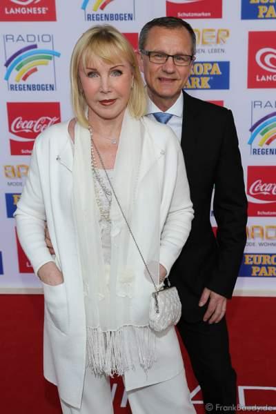 Heike Maurer mit Ehemann Ralf Immel beim Radio Regenbogen Award 2016 am 22. April 2016 im Europa-Park in Rust