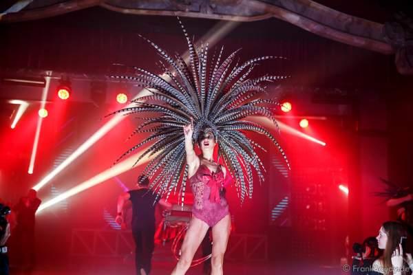Anastasiia Manoilo bei der Premiere der neuen Abendshow Night.Beat.Angels am 29. April 2016 im Europa-Park in Rust