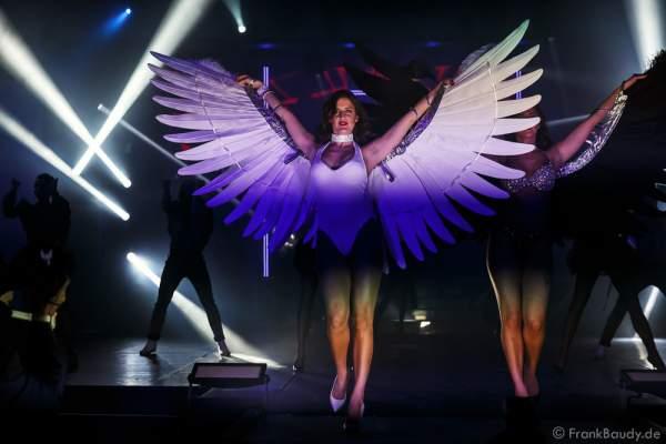 L´Sheila Sisters bei der Premiere der neuen Abendshow Night.Beat.Angels am 29. April 2016 im Europa-Park in Rust