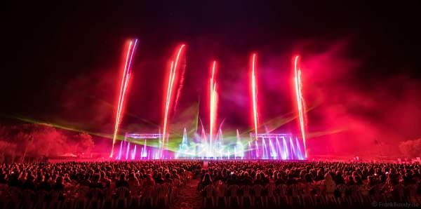 """Wasserspiele, Feuerwerk und Laser bei """"Best of"""" aus über 30 Jahren Aquatique Show in Furdenheim 2016"""