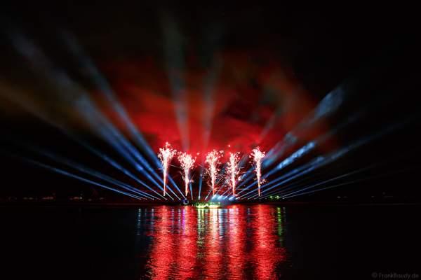 Ameria - The Metamorphosis of Lights mit Feuerwerk bei Rhein in Flammen 2016 in Oberwesel, Nacht der 1000 Feuer