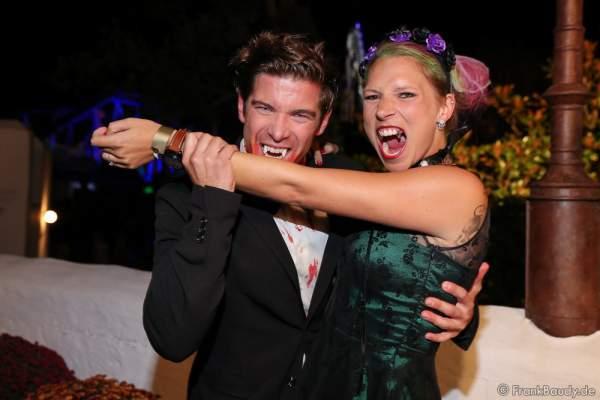 Philipp Danne und seine Verlobte Viktoria Schüßler bei der 2. Horror Glam Live Night im Europa-Park Rust am 02.10.2016