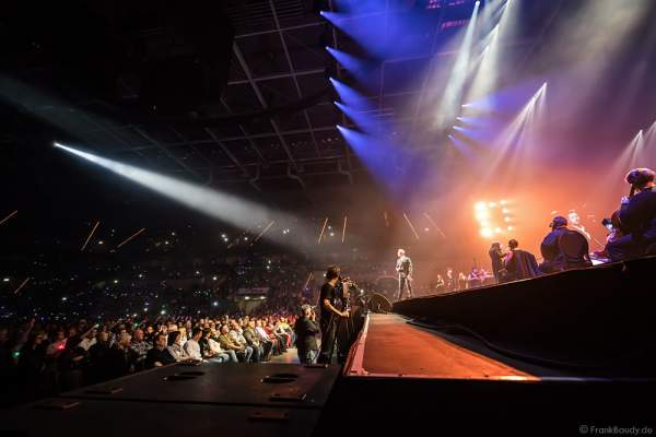 Ronan Keating bei der Deutschlandpremiere von Night of the Proms 2016 in der SAP Arena Mannheim