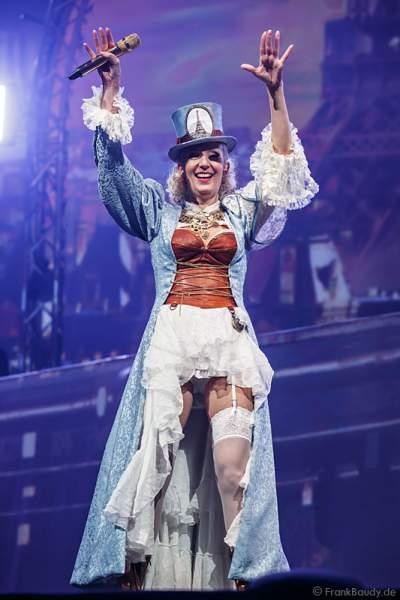 Nancy Baumann, Ehefrau von DJ Bobo bei der Show MYSTORIAL