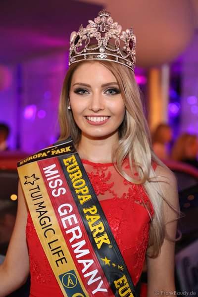 Miss Germany 2017 Soraya Kohlmann bekommt ihr Gewinnerauto im Europa-Park am 18. Februar 2017