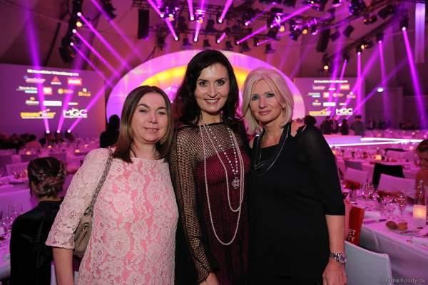 Tatjana Worm-Sawosskaja und Gäste bei der Wahl zur Miss Germany 2017 im Europa-Park am 18. Februar 2017