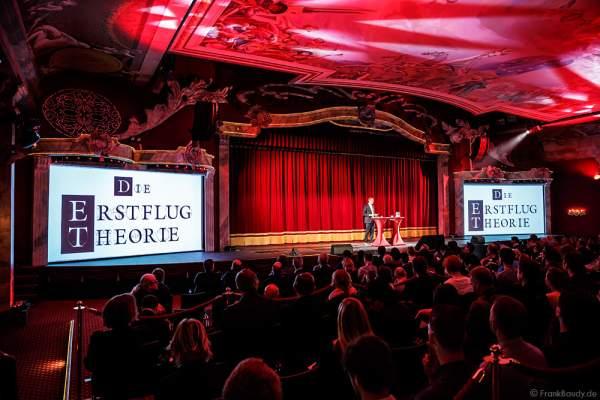 """Michael Mack stellt das Flying Theater """"Voletarium"""" als Neuheit 2017 im Europa-Park vor"""