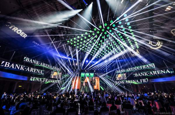 Große Lichtshow beim PRG Live Entertainment Award (LEA) 2017 in der Festhalle Frankfurt