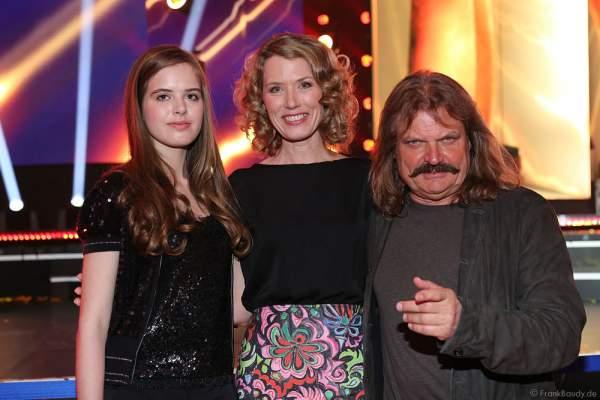 Franziska Reichenbacher, Tochter Serafina und Leslie Mandoki beim PRG Live Entertainment Award (LEA) 2017 in der Festhalle in Frankfurt