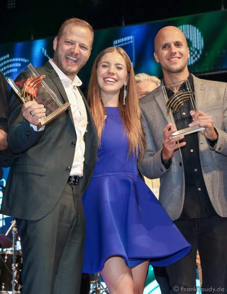 Mario Barth, Victoria Swarovski und Milow beim Radio Regenbogen Award 2017 am 07. April in der Europa-Park Arena in Rust