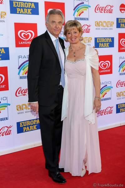 Jürgen Mack mit Ehefrau Mauritia beim Radio Regenbogen Award 2017 am 07. April in der Europa-Park Arena in Rust