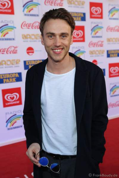 Clueso (Thomas Hübner) beim Radio Regenbogen Award 2017 am 07. April in der Europa-Park Arena in Rust