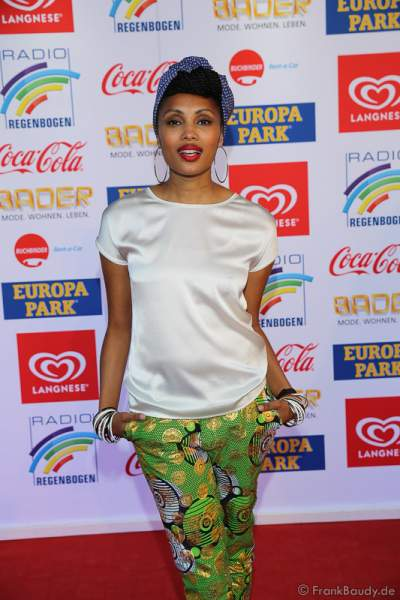 Imany (Nadia Mladjao) beim Radio Regenbogen Award 2017 am 07. April in der Europa-Park Arena in Rust