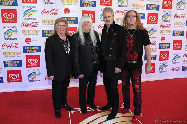 The Sweet (Bruce Bisland, Andy Scott, Pete Lincoln, Tony O'Hora) beim Radio Regenbogen Award 2017 am 07. April in der Europa-Park Arena in Rust