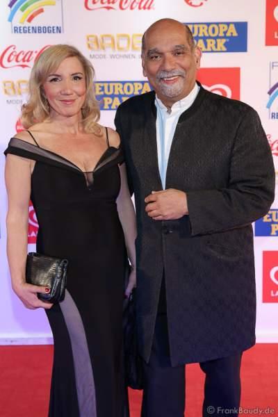 Freddy Sahin-Scholl und seine Ehefrau Jasmin Sahin-Scholl beim Radio Regenbogen Award 2017 am 07. April in der Europa-Park Arena in Rust