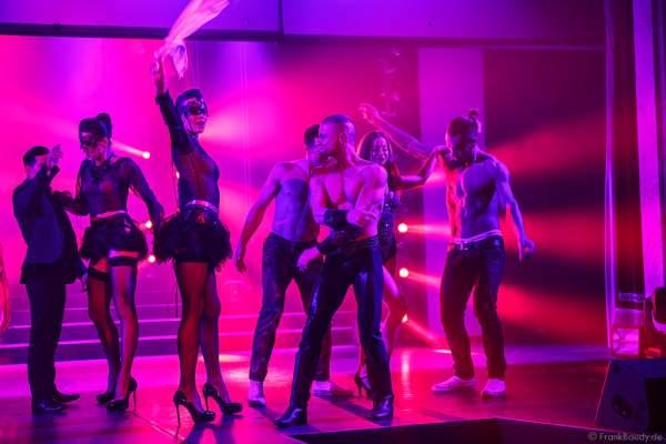 Showballett und Künstler des Europa-Park bei der Party-Show Night.Beat.Angels 2017