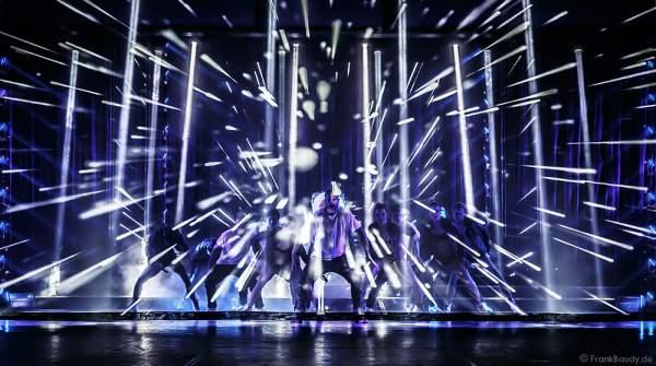 THE.K Streetdancer und das Europa-Park Showballett bei der Party-Show Night.Beat.Angels 2017 im Europa-Park
