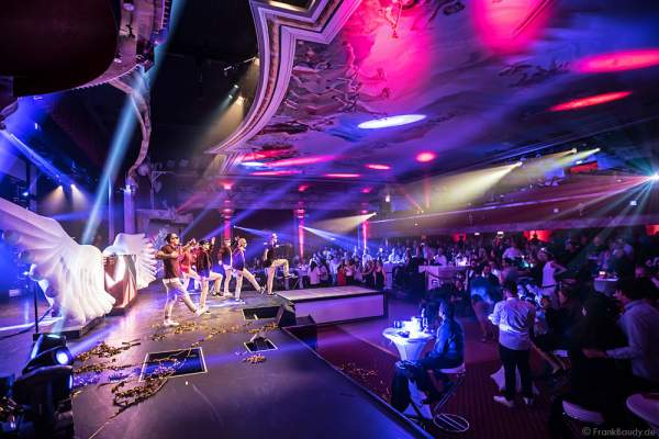 THE.K Streetdancer und Europa-Park Tänzer bei der Party-Show Night.Beat.Angels 2017 im Europa-Park
