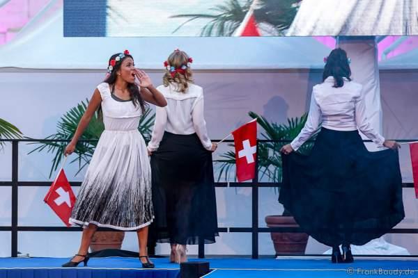 Team Schweiz Dijana Cvijetic, Melanie Pardo und Anja Lopes beim 2. Europäischen Missen TEAM-Cup am 6. Juli 2017 im Europa-Park in Rust