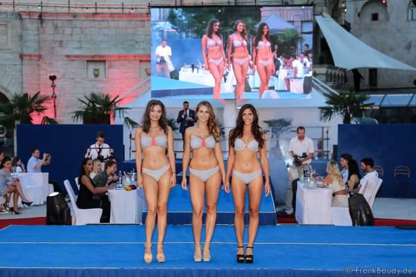 Team Östereich Marleen Haubenwaller, Maria Maksimovic und Jessica Nagy im Bikini beim 2. Europäischen Missen TEAM-Cup am 6. Juli 2017 im Europa-Park in Rust