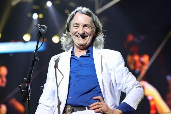 Roger Hodgson (Charles Roger Pomfret Hodgson), britischer Musiker - einstiger Frontmann und Sänger der Band Supertramp bei Night of the Proms 2017 in der SAP Arena Mannheim
