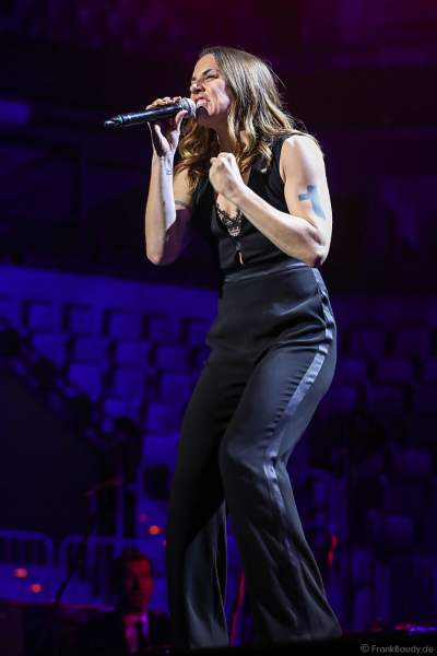 Melanie C (Melanie Jayne Chisholm), Sängerin der Band Spice Girls, bei Night of the Proms 2017 in der SAP Arena Mannheim