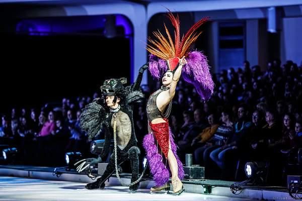 Cari Maus mit Garrett Kling bei der Eisshow ATLANTIS von Holiday on Ice in der Festhalle Frankfurt und SAP Arena Mannheim 2017-2018