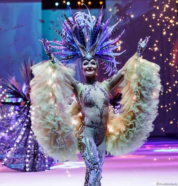 """Daria """"Dasha"""" Perminova beim Finale der Eisshow ATLANTIS von Holiday on Ice in der Festhalle Frankfurt und SAP Arena Mannheim 2017-2018"""
