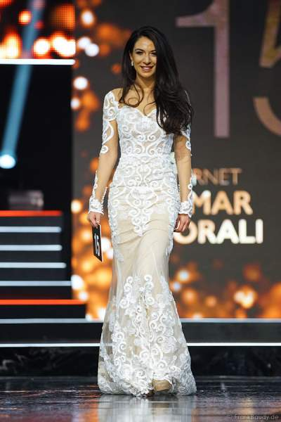 Miss Internet 2018, Tamar Morali im Abendkleid beim Miss Germany 2018 Finale in der Europa-Park Arena am 24.02.2018