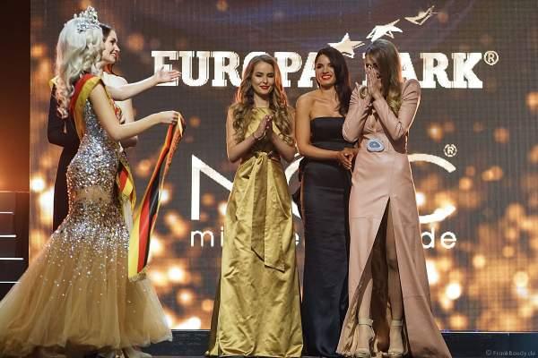 Die Schärpe für die Miss Germany 2018 - Anahita Rehbein in der Europa-Park Arena am 24.02.2018