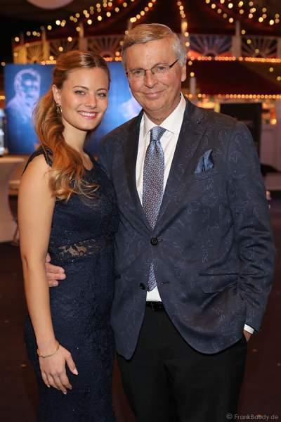Wolfgang Bosbach mit Tochter Viktoria Bosbach beim Miss Germany 2018 Finale in der Europa-Park Arena am 24.02.2018