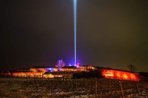 Kunstvoll beleuchtete Steinmauern bei der Weinbergnacht 2018 in Bad Dürkheim