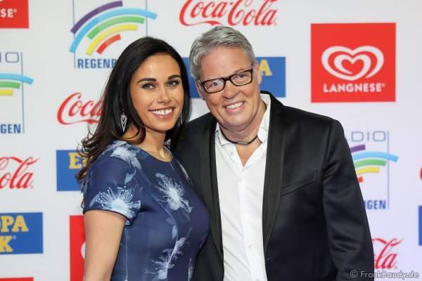 Heiner Kamps mit Ehefrau Ella Kamps beim Radio Regenbogen Award 2018 am 23. März in der Europa-Park Arena in Rust
