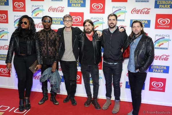 Welshly Arms (mit Sam Getz, Brett Lindemann, Jimmy Weaver, Mikey Gould, Bri Bryant, Jon Bryant) beim Radio Regenbogen Award 2018 am 23. März in der Europa-Park Arena in Rust
