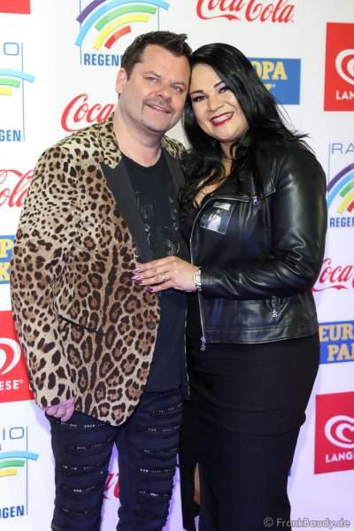 Ingo Appelt und Ehefrau Sonja Guha-Thakurta beim Radio Regenbogen Award 2018 am 23. März in der Europa-Park Arena in Rust
