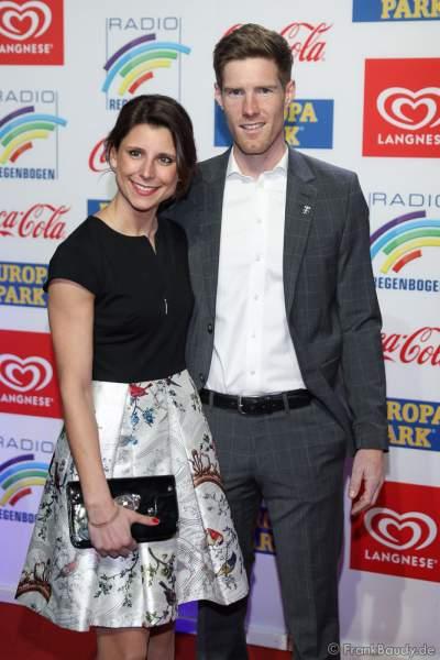 Ann-Kathrin Mack und Freund Nicolas Kopf beim Radio Regenbogen Award 2018 am 23. März in der Europa-Park Arena in Rust