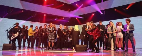 Schlussbild beim Radio Regenbogen Award 2018 am 23. März in der Europa-Park Arena in Rust
